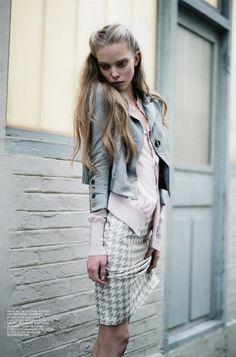 Photographer: Carlotta Mainago Magazine: Mixte Date: March, 2009 Stylist: Belén Casadevall Model: Tanya Dziahileva