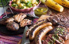 Asado – grillattua lihaa: naudan välikyljyksiä, karitsan paahtopaistia ja chimichurria Chimichurri, Sausage, Recipies, Curry, Anna, Chicken, Meat, Food, Style