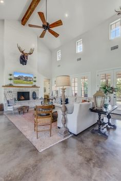 Texas Hill Country Farmhouse - All Over Solutions Concrete Floors In House, Concrete Wood Floor, Painted Concrete Floors, Stained Concrete, Stained Trim, Prairie House, Shop House Plans, Custom Built Homes, Built In Bookcase