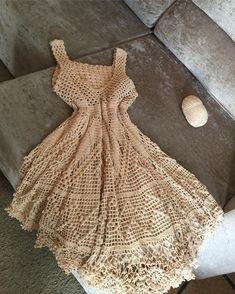 Crochet Dresses, Crochet Clothes, Toque, Crochet Ideas, Knit Crochet, Knitting, How To Wear, Handmade, Stuff To Buy