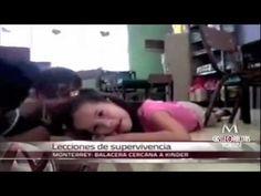 La mujer no aparece en el vídeo ni ha sido identificada, según medios mexicano. El aplomo y dulzura con que una maestra de un kinder tranquiliza a sus pequeñ...