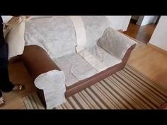 Discover how to make your covers for your armchairs yourself – … - Armchair Ideas Sofa Covers, Cushion Covers, Diy Projects To Try, Home Projects, Balcony Chairs, Diy Chair, Shabby Chic Style, Home Organization, Slipcovers