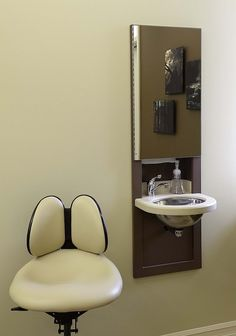 1000 images about dental ergonomics on pinterest dental for Office design ergonomics