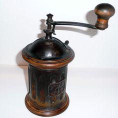 F B Tre Spade Round Coffee Grinder   1890's