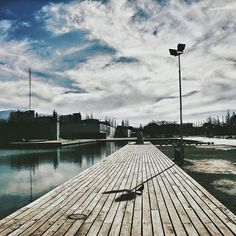Serie #Urbano N°4 . . #vsco #vscogood #vscocam #snapseed #snapshot #snap #eyeem #igers #instamoment #hallazgosemanal #city #travel #walk #photography  #instagram  #ig_argentina #moodygrams #moodyxfujifilmx #artofvisuals #bevisuallyinspired #mg5k #argentina #nature  #createcommune #visualambassadors #urbanart #walk #archdaily #architecture #landscape