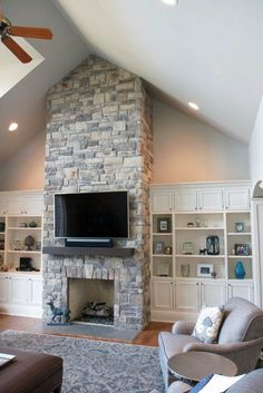 Excellent No Cost slate Stone Fireplace Style Natural Stone Fireplaces – Unique stone fireplace pictures for your cozy home – # Whitewash Stone Fireplace, Stacked Stone Fireplaces, Fireplace Tv Wall, Fireplace Built Ins, Rock Fireplaces, Farmhouse Fireplace, Fireplace Remodel, Fireplace Design, Fireplace Mantels