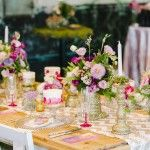 Gold glitter candelabras for flower stands
