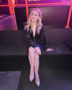 I miss wearing heels and going out to socialize only to daydream about being home in my pajamas and binging Netflix 🤪 Chloe Lukasiak, Dance Moms, Twenty One, Daydream, The Twenties, Going Out, Netflix, Pajamas, Punk