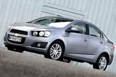 CHEVROLET: five EuroNCAP stars for the Aveo 4-door and Captiva!