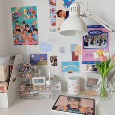 Room Design Bedroom, Room Ideas Bedroom, Bedroom Decor, Army Room Decor, Study Room Decor, Cute Room Ideas, Cute Room Decor, Otaku Room, Cute Desk