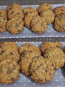 ΜΑΓΕΙΡΙΚΗ ΚΑΙ ΣΥΝΤΑΓΕΣ 2: Cookies με βρώμη και σοκολάτα !!!! Sweet Cookies, Biscuit Cookies, Cake Cookies, Greek Sweets, Cake Bars, Diy Cake, Dessert Recipes, Desserts, Greek Recipes