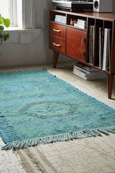 Magical Thinking Overdyed Jute Kilim Woven Rug - Urban Outfitters