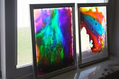 MAKING WINDOW ART WITH GLUE AND FOOD COLORING
