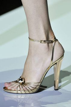 Gucci Spring 2012 RTW - gold ankle strap
