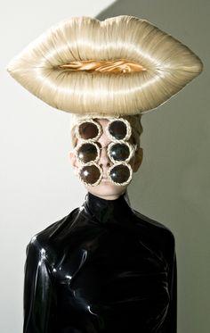 Blond Lips, Charlie Le Mindu using Hairdreams. Image by Manu Valcarce