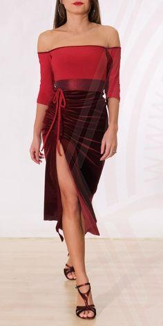 Argentine tango Abito Absinth 06 - Kleid - Damenbekleidung Regina Tango Schuhe Tips and tricks for y Dresser, Tango Shoes, Tango Dress, Argentine Tango, Red Fabric, Different Fabrics, Dance Costumes, Silk Ties, Pretty Dresses