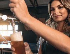 Die Nachfrage nach Craft Beer ist ungebrochen. Tonka Bohne, Mango, Pak Choi, Brunch, Craft Beer, Glass Of Milk, Tableware, Food, Dried Tomatoes