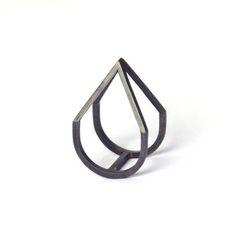 Elisa Lee: Pyramid Ring Oxidised, at 6% off!