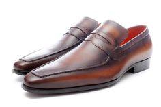 MOQ:12 pair Material: Genuine Leather Price : 32 US$(190 RMB) Email:  haoguaimai@gmail.com Phone(+86)15017505461