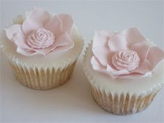 Fantasy Flower Cupcakes from Cake by Rachel