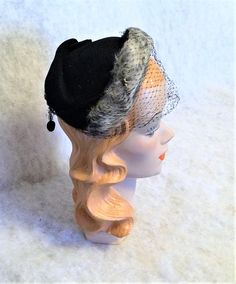 1950s Vintage Black Felt Half Hat with Gray and White Fur Trim