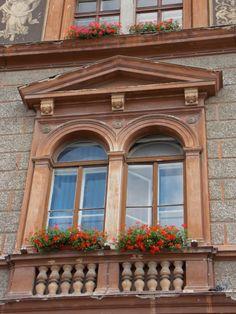 Fereastra-Rectorat Universitatea Transilvania