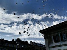 Balloons #milano #milanodavedere #igersmilano #vsco #snapseed #milanocityufficiale #streetstyle #colonnedisanlorenzo #photooftheday #skyporn #nature #bestplaces by quelverna