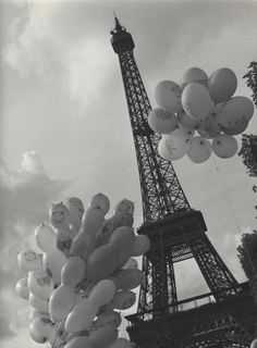 Kees Scherer    Eiffel Tower , Paris  1952-1958