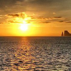 #Equador #Galapagos#galapagosislands #sea #sunset #sun #soll #mare #summer #clouds #waves #