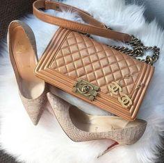 #fashion #womenfashionguide #handbagssale #womenhandbags New Handbags, Chanel Handbags, Replica Handbags, Ysl, Givenchy, Bags Online Shopping, Shopping Deals, Kelly Bag, Bvlgari Bags