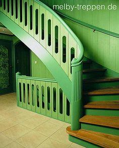 MELBY Treppen • Ihrem Hersteller hochwertiger, individueller Treppenlösungen. Unsere langjährige Erfahrung im Treppenbau ist Ihr Garant für Spitzenleistungen. Weitere Treppenanlagen und Informationen im Treppen Finder unter www.treppen.de/de/portfolio-leser/melby-treppen.html