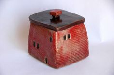 small ceramic house-box (One like this would make a great cookie-jar if it was large enough - yet small enough to use in my tiny house!