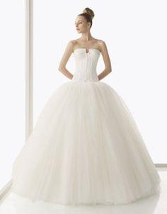 Elegir el ramo según tu figura | Preparar tu boda es facilisimo.com