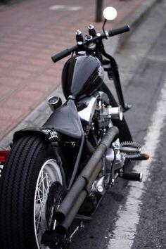 Harley-Davidson FL Shovelhead rigid