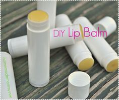 Yum! Chocolate Mint DIY Lip Balm - tastes like you are eating chocolate every time you put it on! via Homemade Mommy