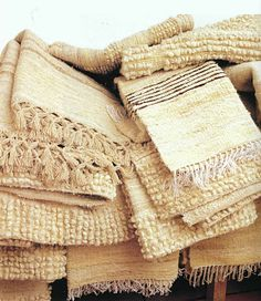 De Mirandela (Traditional wool items made in Mirandela using ancient methods)