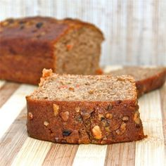 Healthy Carrot Cake- A lightened up classic from my mother's kitchen to yours- perfectly healthy to consider for breakfast any day of the week! Could sub zucchini for carrots. Carrot Cake Bread, Healthy Carrot Cakes, Healthy Cake Recipes, Vegan Desserts, Healthy Desserts, Baking Recipes, Carrot Loaf, Snacks Recipes, Pumpkin Bread