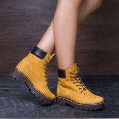 Bocanci tip Timberland dama piele imblaniti cu talpa groasa Dr. Martens, Timberland, Combat Boots, Shoes, Fashion, Moda, Zapatos, Shoes Outlet, Fashion Styles