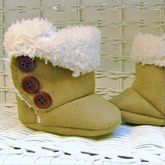 Baby SnUgg Boots PATTERN by madebymarzipan on Etsy