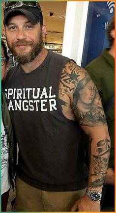 Whats The Hidden Meaning Behind Tom Hardys Tattoos? Tom Hardy Shirtless, Madonna Tattoo, Tom Hardy Tattoos, Tom Hardy Hot, Tom Hardy Baby, Tom Hardy Actor, Tom Hardy Movies, Bearded Tattooed Men, Hot Bearded Men