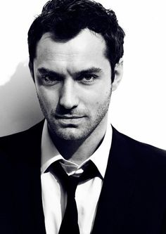 Jude Law   #modern #Hollywood #actor