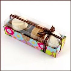 Chocoholics Gift Set  A must have gift pack for all the chocoholics out there featuring Bomb Cosmetics products that go well with chocolate.  Foaming Fudge Soap Slice, Tatunkalmer Bath Blaster, Chocolate Massage Bar, Loofah Slice and Foaming Fudge Soap Slice.  Just $29.95