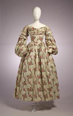 1836 woman's gown.
