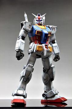 Perfect Grade PG 1/60 Gundam RX-78 (by Gundam Guy) Photo 6