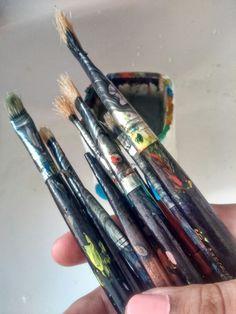 pinceles... My Works, Office Supplies, Tableware, Dinnerware, Tablewares, Place Settings