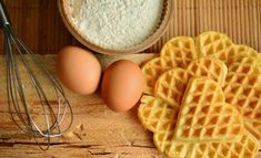 What's a favorite way to eat waffles?Chicken and waffles?Waffles and fruit?A waffle (not awful) sandwich?Auguswt 24 is the day to eat and celebrate a favor Waffle Recipes, Egg Recipes, Diet Recipes, Plant Based Eggs, National Waffle Day, Health Benefits Of Eggs, High Altitude Baking, Egg Replacement, Homemade Waffles