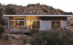 Game of Thrones: Vince Gerardis's luxury home is for sale // It isn't only fans of the cult television series who will be interested in its ex-producer's home. The atmospheric desert outpost shows a new style of prefab at its best