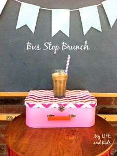 Celebrate the first day of school with a DIY back to school bus stop brunch for moms. This is such a simple idea that can make heading back to school a lot more fun.