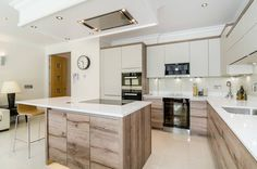 Oakhill Road, Putney : Modern kitchen by Concept Eight Architects