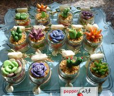 Bomboniere, piantine in pasta di mais #clay #succulentplants www.facebook.com/pepperart.ivanagarau